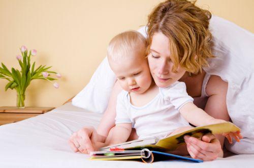 с какого возраста можно учить ребенка читать